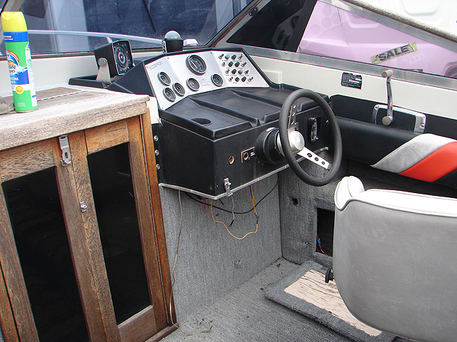 1980 Chris Craft Cutty Cabin 26